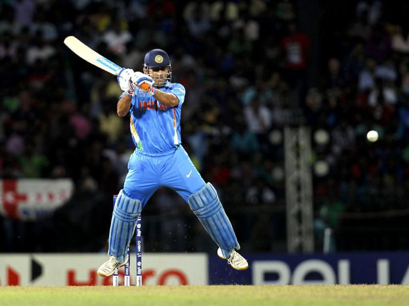 India's captain MS Dhoni bats during the ICC T20 World Cup cricket match between India and England at R Premadasa Stadium in Colombo, Sri Lanka . Photo: Ajay Aggarwal/Hindustan Times