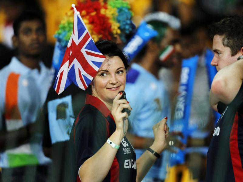 England's fan dances during the ICC T20 World Cup cricket match between India and England at R Premadasa Stadium in Colombo, Sri Lanka . Photo: Ajay Aggarwal/Hindustan Times