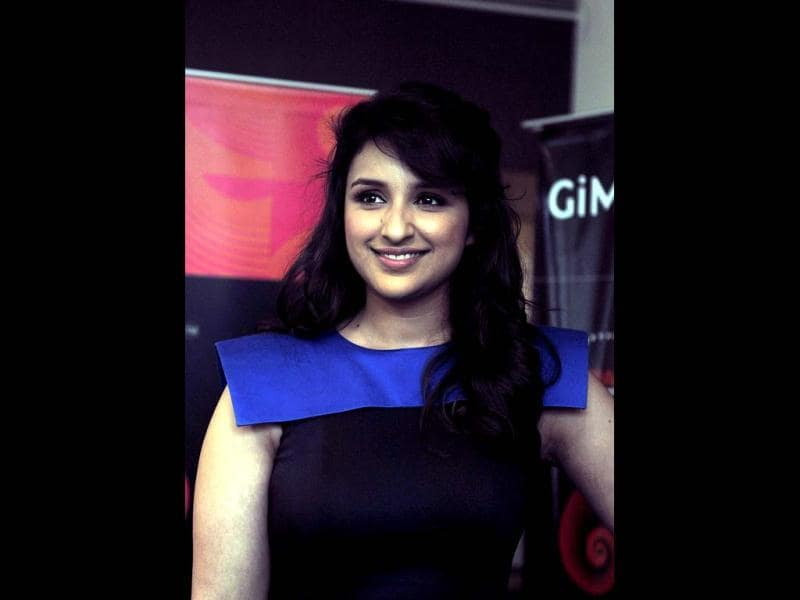 Parineeti Chopra poses for the shutterbugs.
