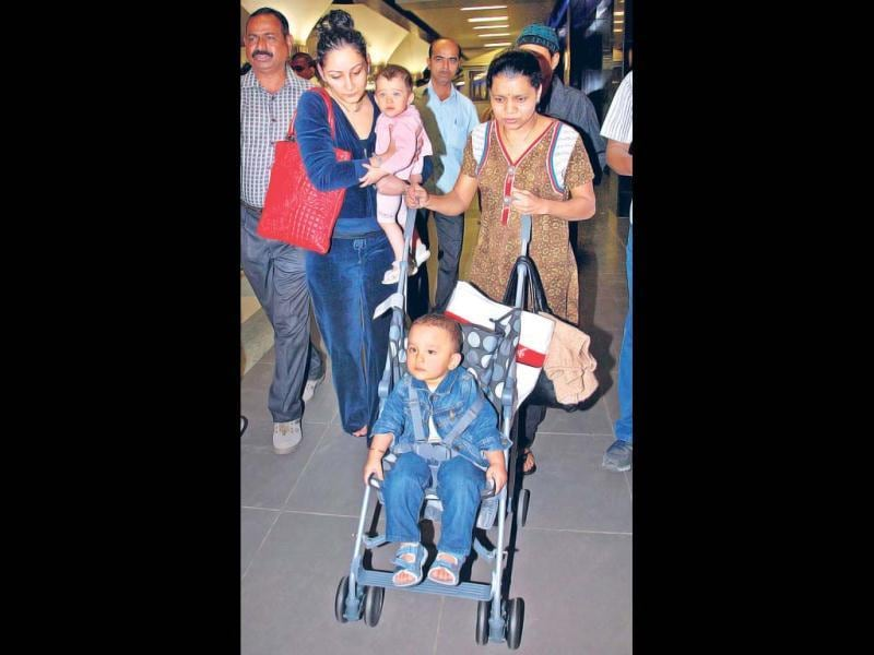 At the age of 51, Sanjay Dutt once again became father, to twins this time, with his second wife Manyaata. Their names are Persian in origin. Shahraan (2) looks like a mini Sanjay, while Iqra (2) seems to have taken after her mom.