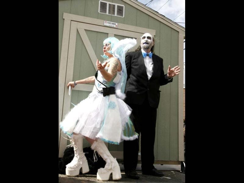 The Ice Queen and King are seen with a Tuff Shed in the Cyronics parade during Frozen Dead Guys Days in Nederland, Colorado. Reuters/Rick Wilking/Files