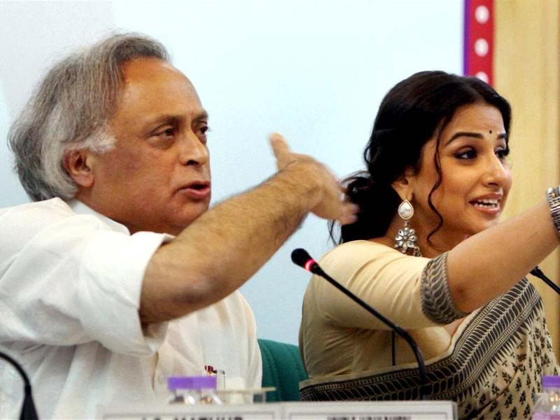 Union rural development minister Jairam Ramesh and actress Vidya Balan address a press conference for Nirmal Bharat Yatra, an initiative to spread awareness about sanitation, in New Delhi. PTI/Manvender Vashist
