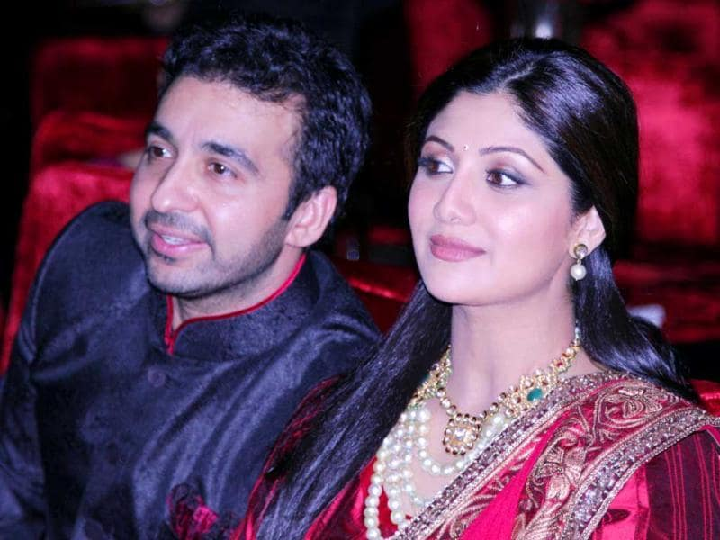Jodhpur once again witnessed a high-profile marriage with some of the most prominent names from the world of Bollywood, sports, politics and business in attendance. Shilpa Shetty and Raj Kundra also made it to the do.