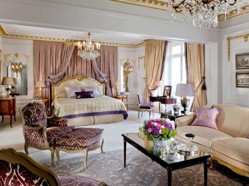 One of the four bedrooms of the Royal Suite