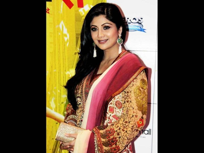 Shilpa Shetty maintains the glow on her face!