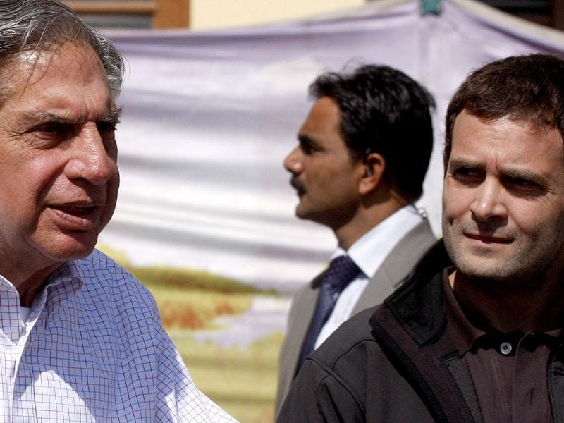Industrialist Ratan Tata speaks to the media with AICC general secretary Rahul Gandhi, after interaction with students at Kashmir University, in Srinagar. HT photo/Waseem Andrabi