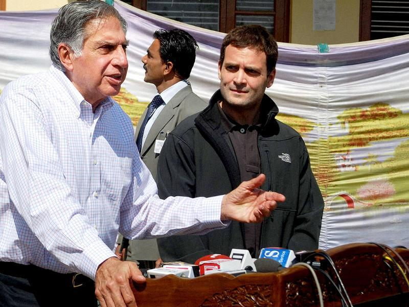 Congress leader Rahul Gandhi and industrialist Ratan Tata interact with the media during a visit to Kashmir University in Srinagar. PTI Photo