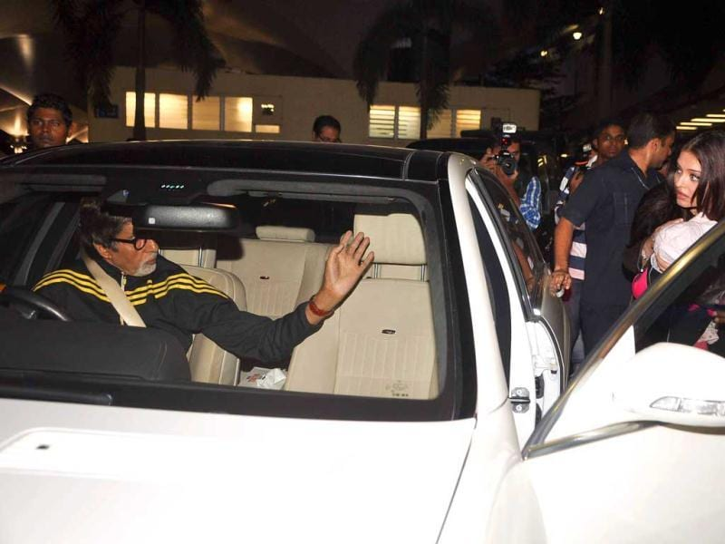 'Here I am !! Picked up the little one with her Mother from the airport .. yes they are back ... and there is excitement !!(sic)', senior Bachchan tweeted. (Photos: Viral Bhayani)