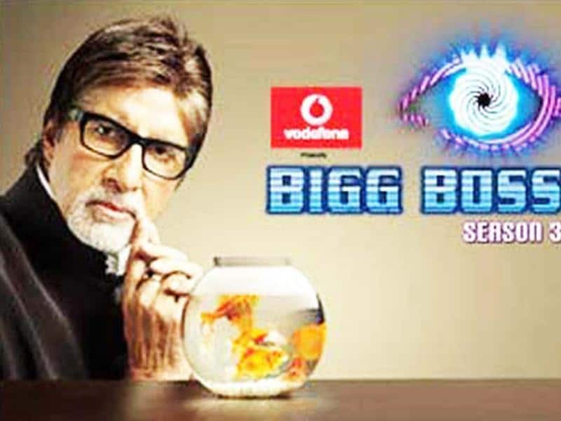 Amitabh Bachchan also tried his hands to host one of the hottest show on television Big Boss 3 in 2009. Though he didn't continue after one season.
