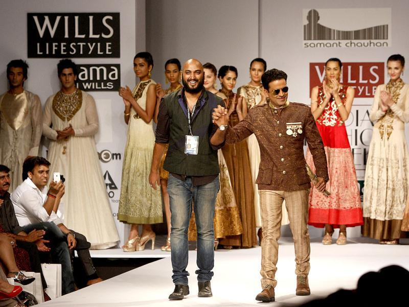 Manoj Bajpayee displayed a creation by designer Samant Chauhan at the Will Lifestyle India Fashion Week Spring Summer, in New Delhi Sunday. (Photo: M Zhazo/ Hindustan Times)
