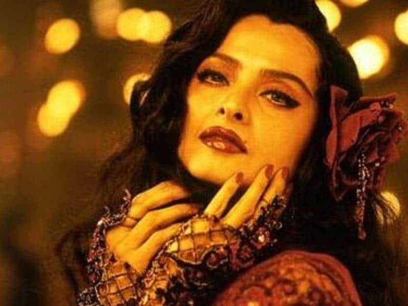 Despite it being a cameo role, Rekha's sensuality as the classic crooner in Parineeta's Kaise Paheli Zindagaani was not only one of the most liked but also the most talked about performances of the film.