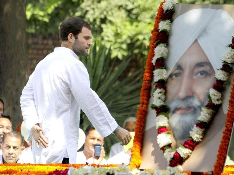 Rahul Gandhi pays tribute to Congress leader Beant Singh during his visit at Beant Singh Memorial, in Chandigarh. Gurpreet Singh/ Hindustan Times