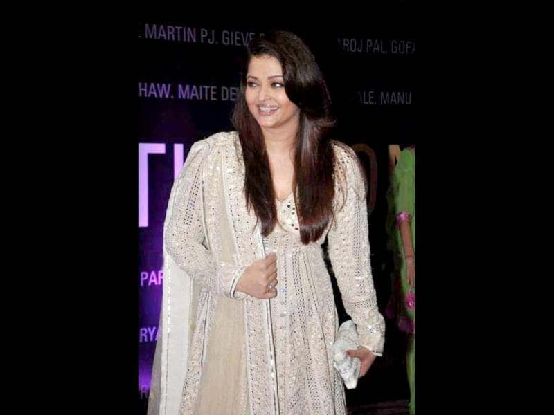 What's with the glow? Aishwarya Rai Bachchan is simply glowing on the occasion.
