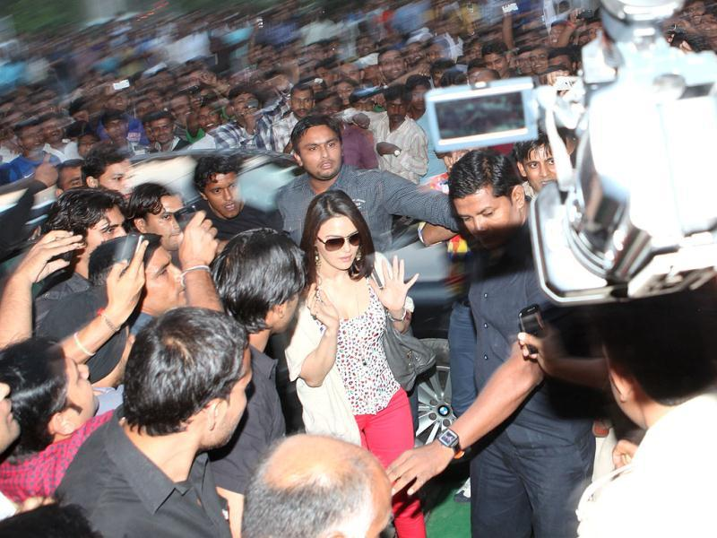 Actor Preity Zinta, 37, who was mobbed outside a jewellery store in Delhi, is shaken up after the experience.