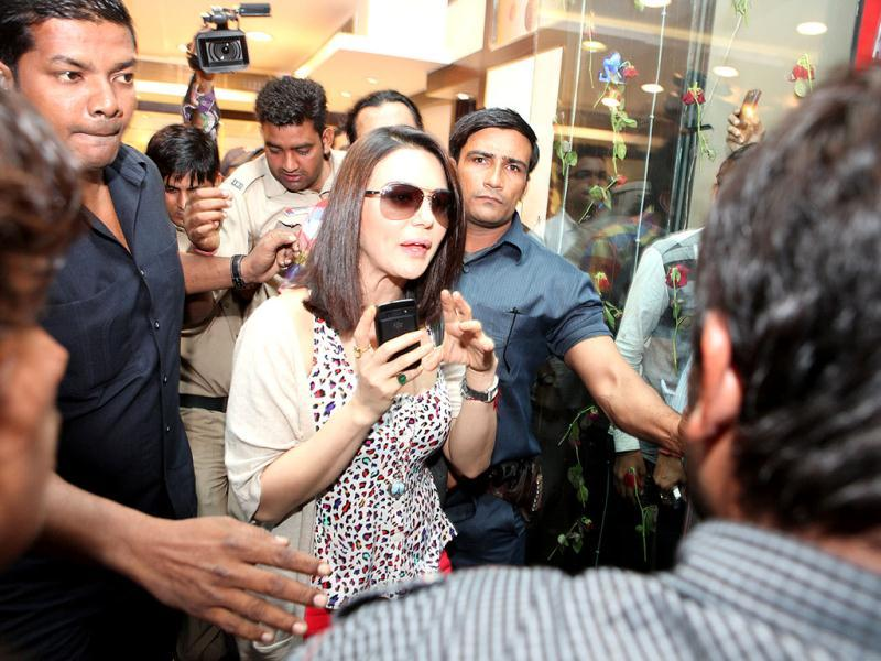 "Preity on getting mobbed in Delhi: ""People in India like to touch a lot. It's not very nice for any girl to be touched by strangers wherever they want."