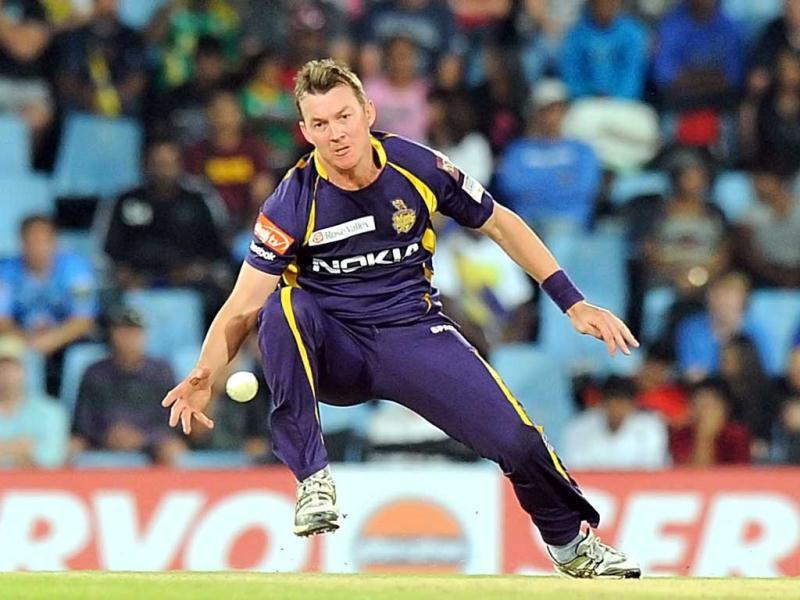 Kolkata Knight Riders Brett Lee tries to run out Delhi Daredevils Ross Taylor during Group A of the Champions League T20 at Super Sports Park in Centurion. AFP Photo