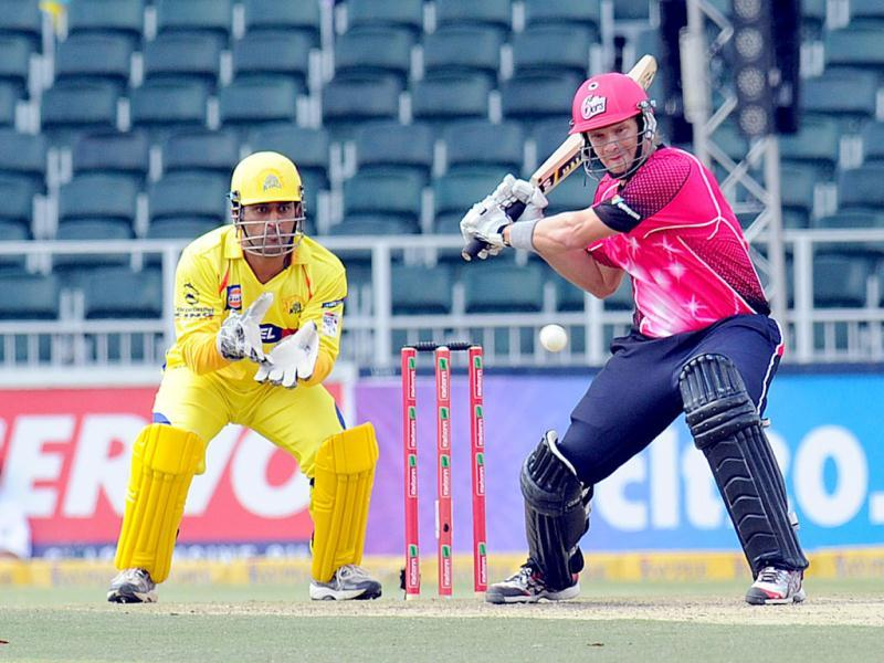 Sydney Sixers batsman Moises Henriques plays a shot during a Group B match of the Champions League T20 between the Chennal Super Kings and the Sydney Sixers at the Wanderers Stadium in Johannesburg. AFP photo