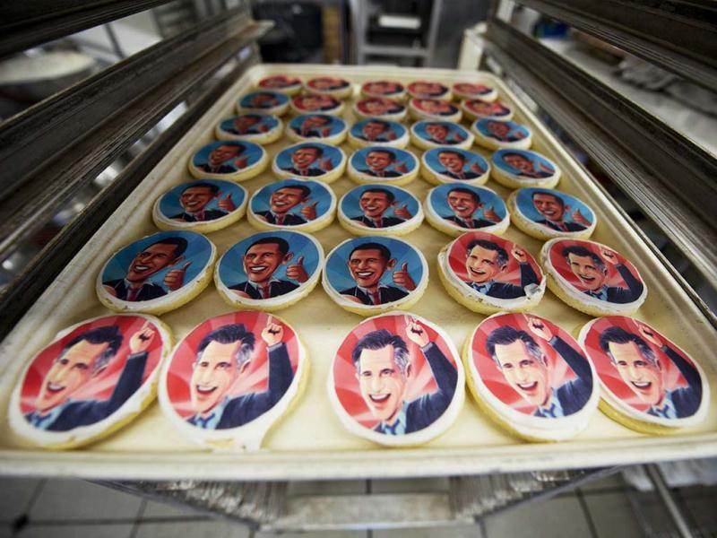 Election cookies of US president Barack Obama and Republican presidential candidate Mitt Romney are made at the Oakmont Bakery in Oakmont, Pennsylvania. The images of the candidates are printed on icing paper with food coloring. (AFP Photo)