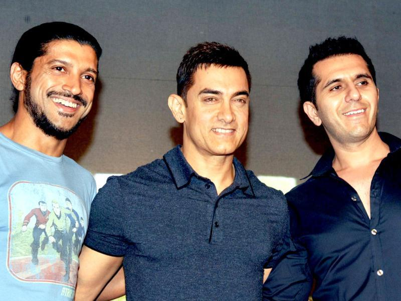 Bollywood personalities (L-R) Farhan Akhtar, Aamir Khan and Ritesh Sidhwani look on during the soundtrack launch for the forthcoming Hindi film Talaash in Mumbai. (AFP)