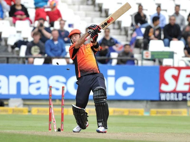 Herschelle Gibbs of the Scorchers plays the ball onto his stumps off the bowling of Morne Morkel of the Daredevils during Match 15 of The Champions League T20 between the Perth Scorchers and Delhi Daredevils at Newlands Cricket Stadium in Cape Town. AFP Photo/STR