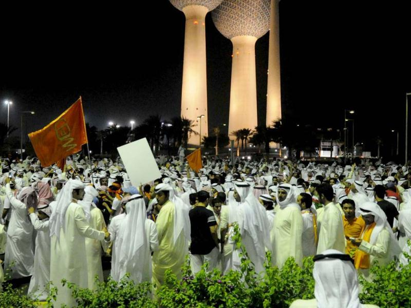 Protesters demonstrate against proposed changes to election laws in Kuwait City. (Reuters photo)