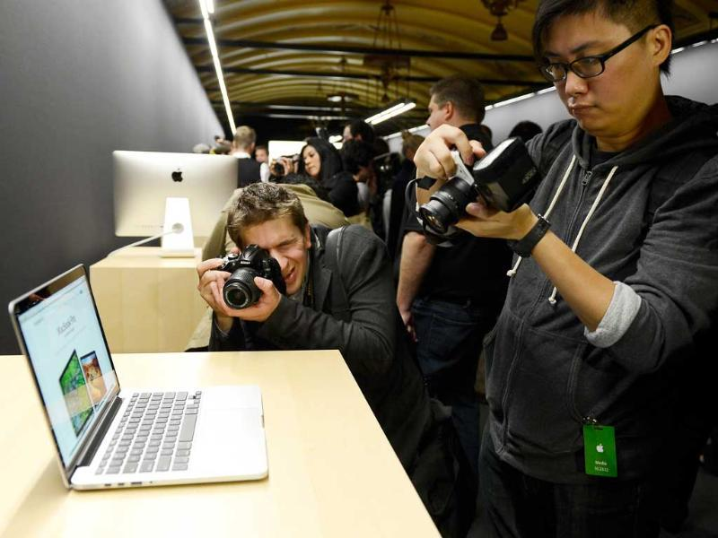 The new 13-inch MacBook Pro is dispalyed after it was unveiled during an Apple special event at the historic California Theater in San Jose, California. Apple introduced the new iPad mini at the event, Apple's smaller 7.9 inch version of the iPad tablet. AFP Photo/Kevork Djansezian