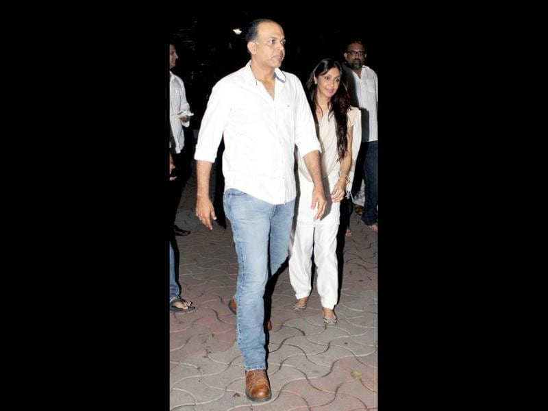 Ashutosh Gowariker arrives at the Chautha.