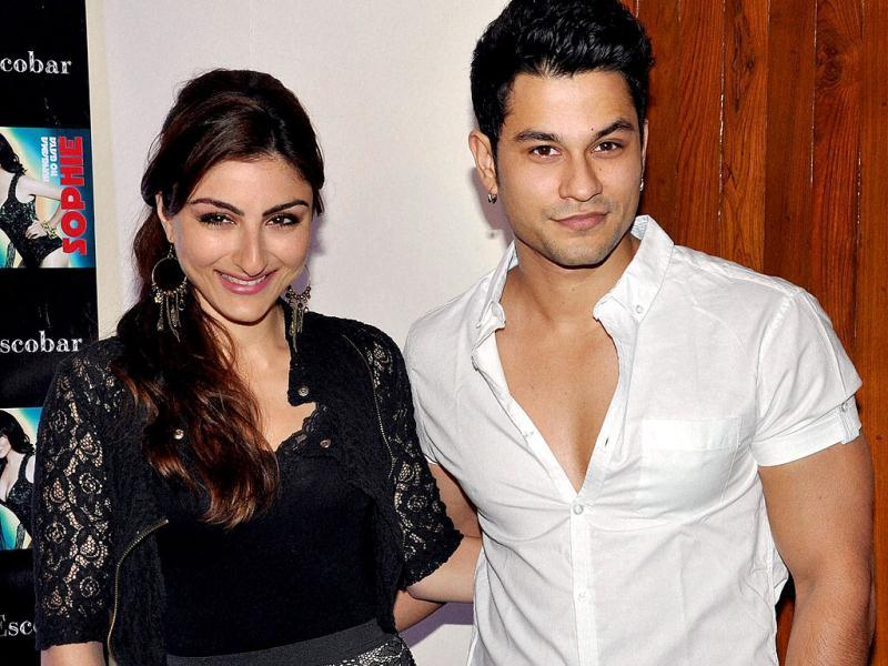 Soha Ali Khan and Kunal Khemu look quite a couple! The two pose during the launch of Sophie's music video. (PTI Photo)