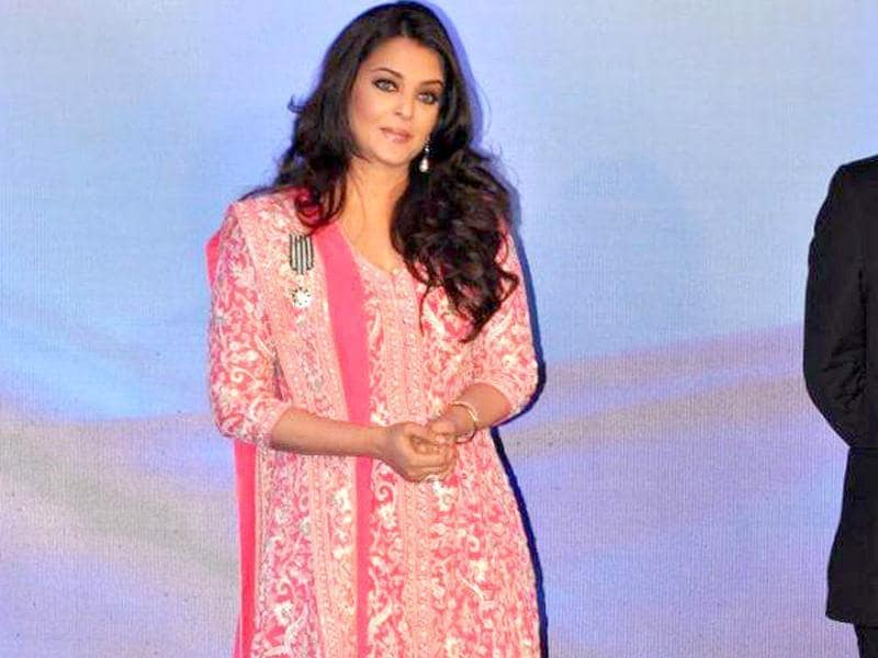 Aishwarya Rai Bachchan looks classy as ever in an Abu-Sandeep attire.