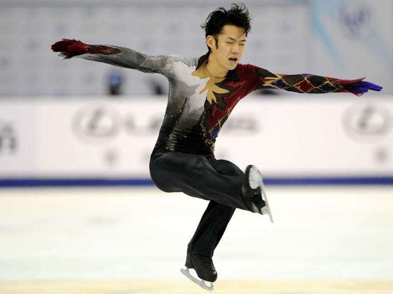 Daisuke Takahashi of Japan performs his routine in the Mens Free Skating program during the Cup of China, the third event on the ISU Grand Prix figure skating tour, in Shanghai. AFP photo