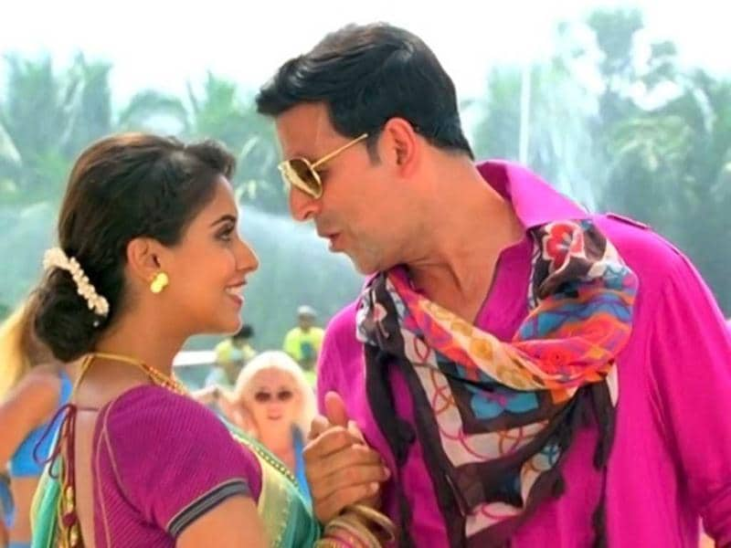 Asin and Akshay Kumar make a rocking pair in action flick Khiladi 786.
