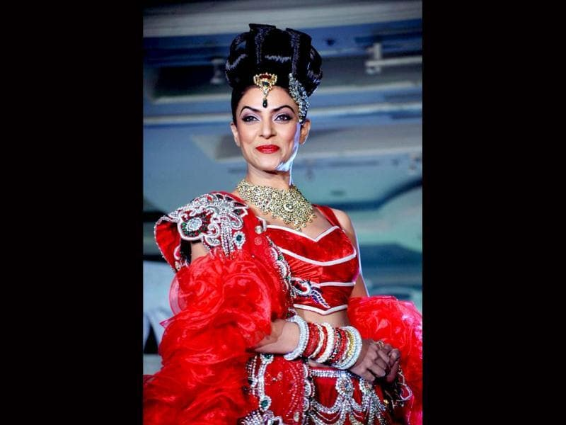 Sushmita Sen, who recently confirmed that she will be get married next year, certainly looks radiant in this bridal outfit.