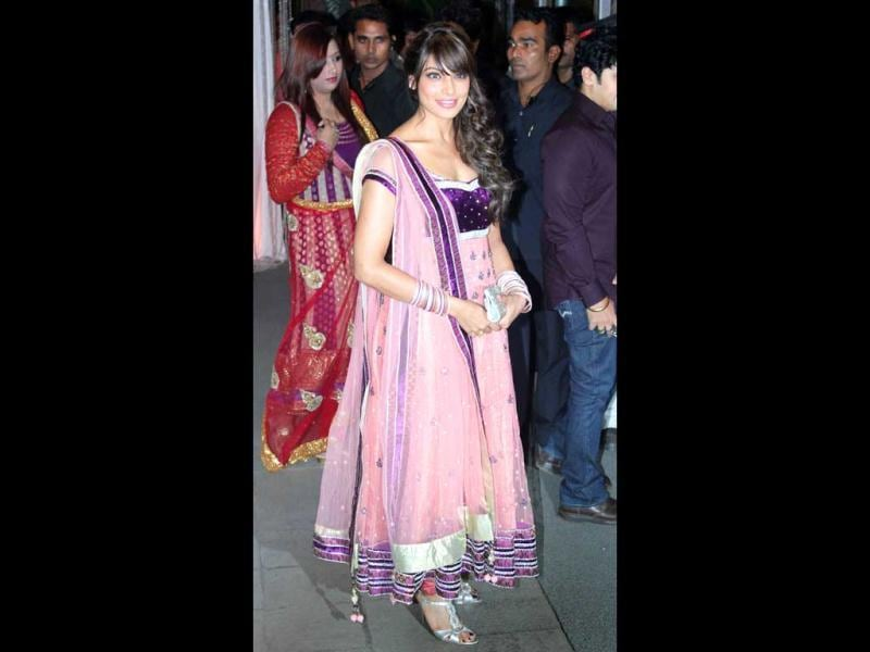Bipasha Basu looked beautiful in a pink-purple anarkali.