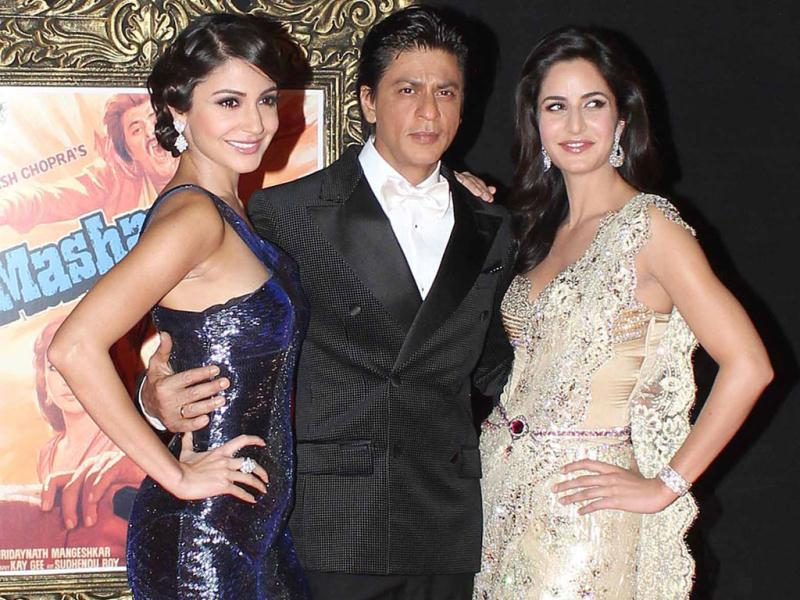 The who's who of Bollywood came in full attendance to pay tribute to legendary filmmaker Yash Chopra at the premiere of his last directorial venture, Jab Tak Hai Jaan. Stars of the moment- Shah Rukh Khan, Katrina Kaif and Anushka Sharma- strike a pose. (Photo/Yogen Shah)
