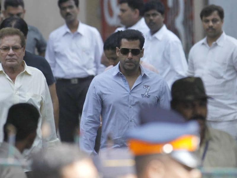 Bollywood actor Salman Khan after visiting Matoshree residence of Shiv Sena chief Bal Thackeray. Thackeray's health had worsened on Wednesday, leading to a surge of supporters gathered outside his residence in Mumbai. (Photo by Vijayanand Gupta / Hindustan Times)