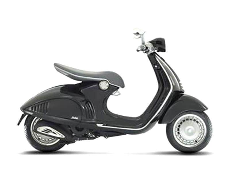 Vespa 946 lends a modern touch to classic favourite.