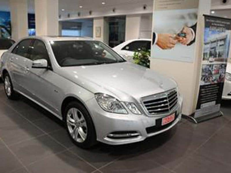 New E 220 CDI Avantgarde to pack in more features; E 250 CDI and E 200 CGI models get the axe; E 350 petrol to be sold only on a made-to-order basis.