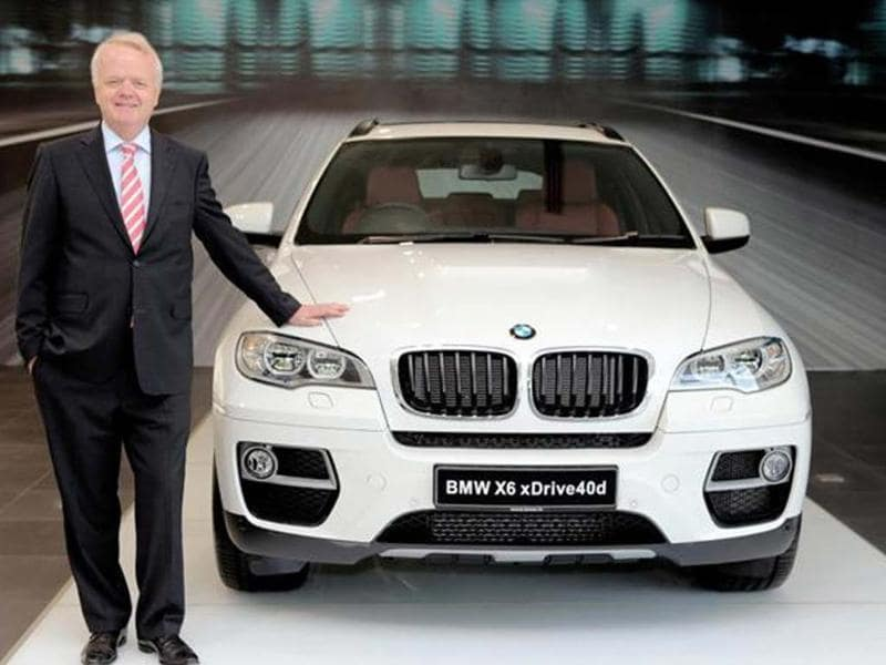 BMW upgrades the X6 with cosmetic changes and a new motor for the diesel.
