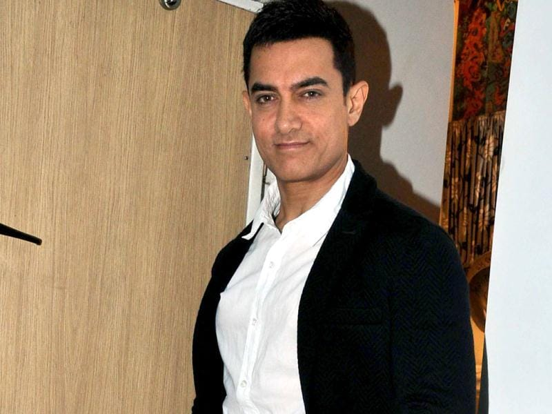 Aamir Khan poses for the shutterbugs.