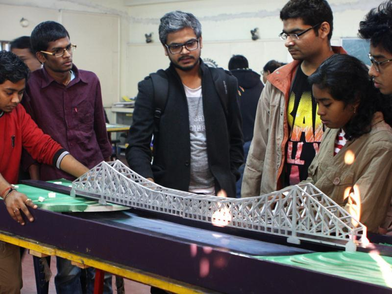 The students and teachers of School of Planning and Architecture in New Delhi making the miniature replicas of famous monuments so that visually inpaired people can also experience them. HT/Sushil Kumar