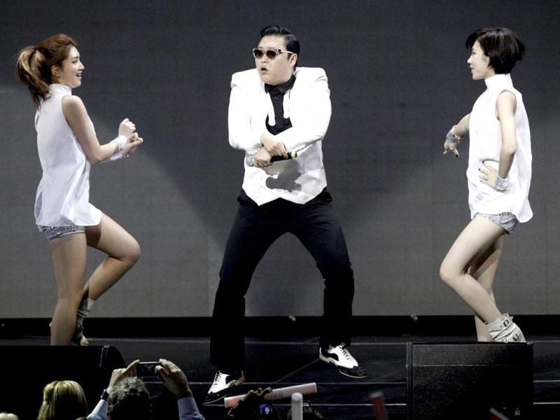 South Korean rapper Psy performs at KIIS FM's Jingle Ball concert in Los Angeles, California. (Reuters/Mario Anzuoni)