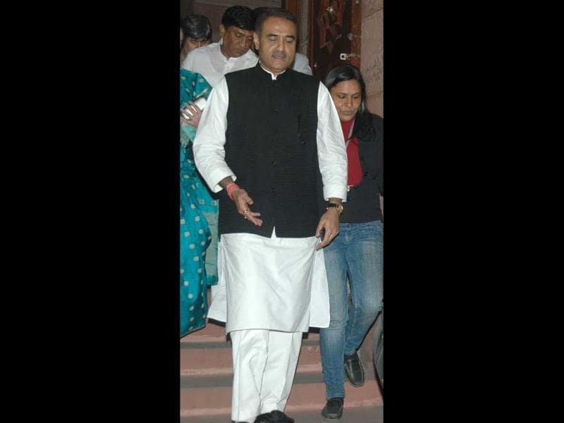 Union minister Praful Patel comes out of Parliament after voting on FDI in Lok Sabha, New Delhi (Agencies)