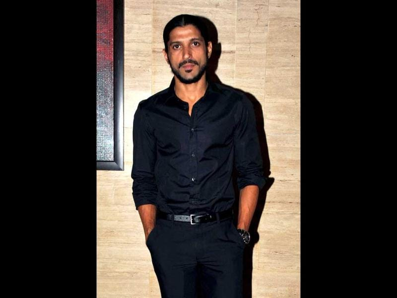 Farhan Akhtar has, of late, been making appearances in his Bhaag Milkha Bhaag look.