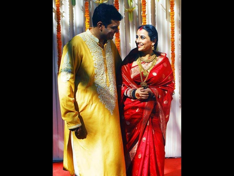 Bollywood diva Vidya Balan finally got married to beau Siddharth Roy Kapur in a hush-hush ceremony in Chembur early morning on December 14. (Photo by Pradip Guha)