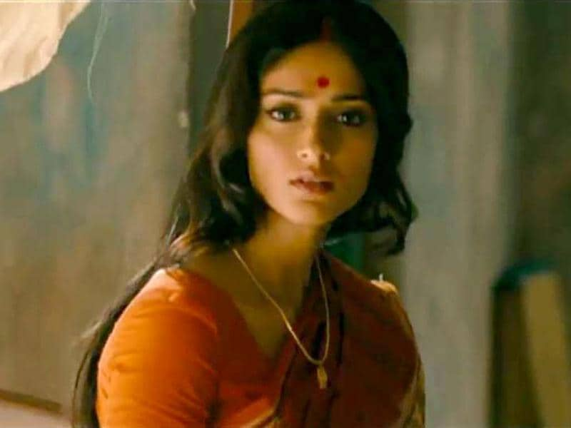 Ileana D'Cruz made her acting debut with Barfi and how! Her portrayal as a city girl who falls for a small-town deaf-mute guy was as convincing as it can get. Not only did she look great, but her act was widely applauded.