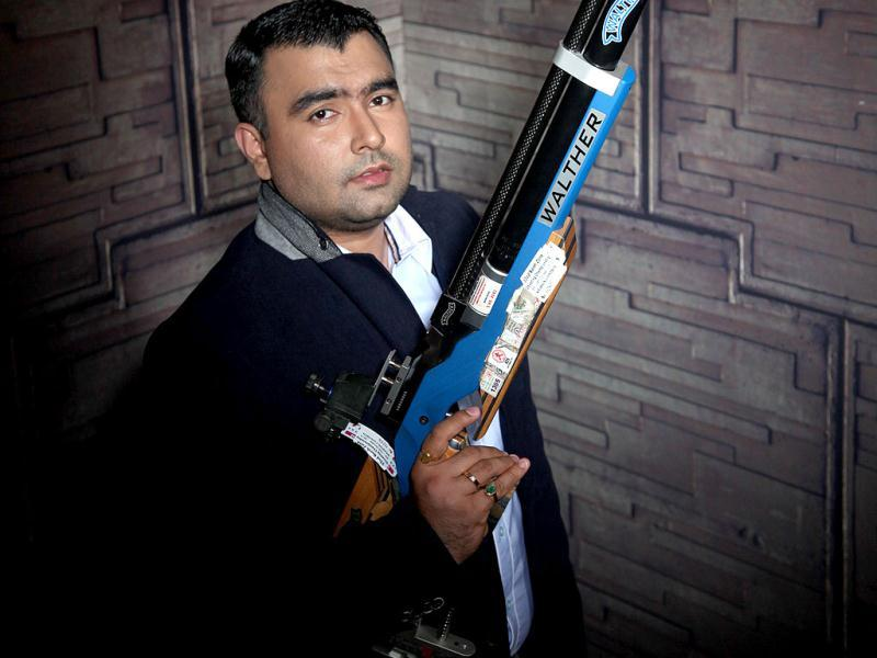 Yes, they took aim at success and fired through every challenge to win Olympic medals for India. But Gagan Narang and Vijay Kumar might just be India's sharpest bachelors too. Eyes on the prize, ladies! They have their guns in their hands! (Photo/Anil Chawla)