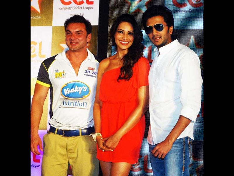Bollywood actor Bipasha Basu with Sohail Khan and Ritesh Deshmukh during announcement of Celebrity Cricket League 20-20 (CCL), in Mumbai on Wednesday night.
