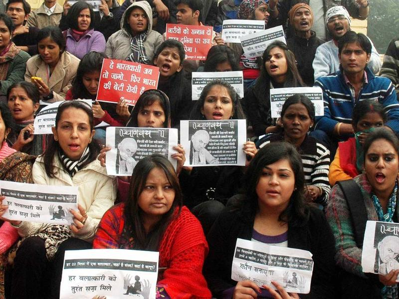 Girls protesting against the Delhi gangrape incident and demanding justice near Vidhan Sabha in Lucknow. UNI