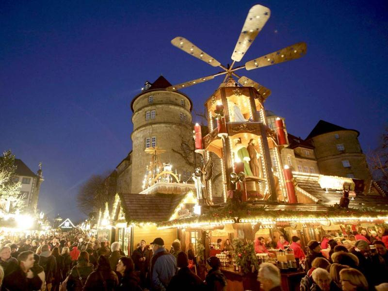 People visit a traditional Christmas market in the city centre of Stuttgart. Reuters/Lisi Niesner