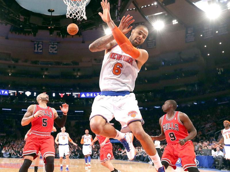Tyson Chandler #6 of the New York Knicks misses a rebound in the game against the Chicago Bulls at Madison Square Garden in New York City. AFP Photo